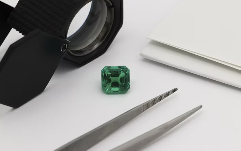 Emerald and Loupe