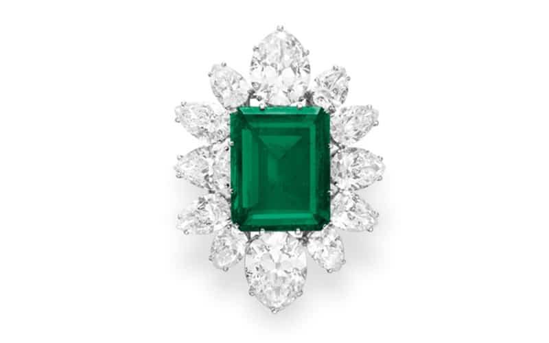 Elizabeth Taylor's Bulgari Emerald Brooch