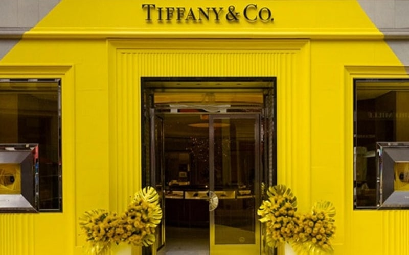 Read more about the article Let's talk about that Tiffany YELLOW