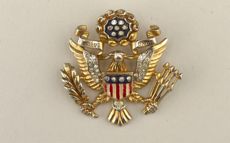Read more about the article America's patriotic jewelry